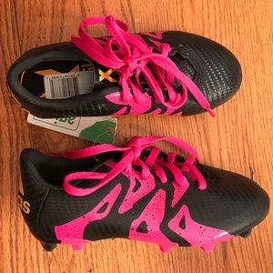 NWT adidas Child Soccer Cleat, Black/Pink